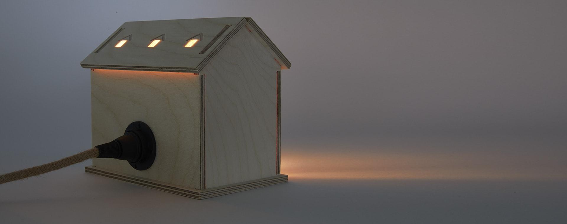 Neutral Bright Corner Welsh Cottage Light
