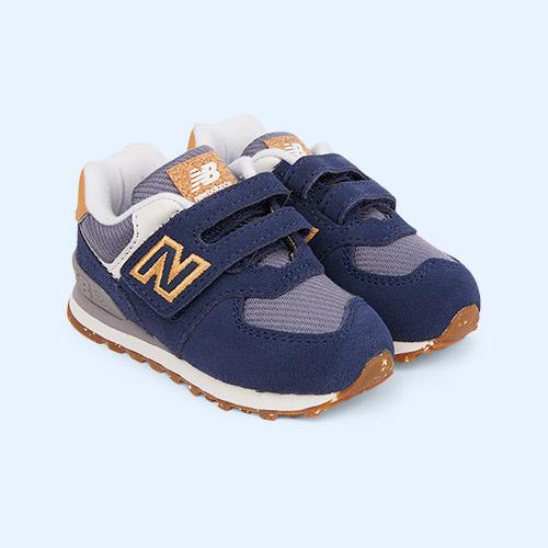 Navy New Balance 574 Trainer