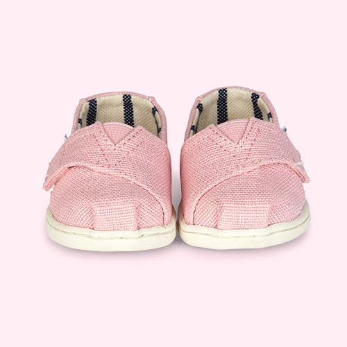 Powder Pink TOMS Classic Canvas Plimsolls