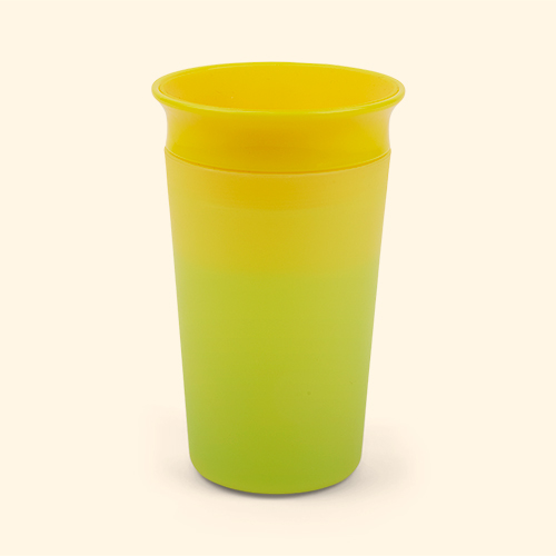 Yellow/Green Munchkin Miracle 360 Colour Changing Sippy Cup