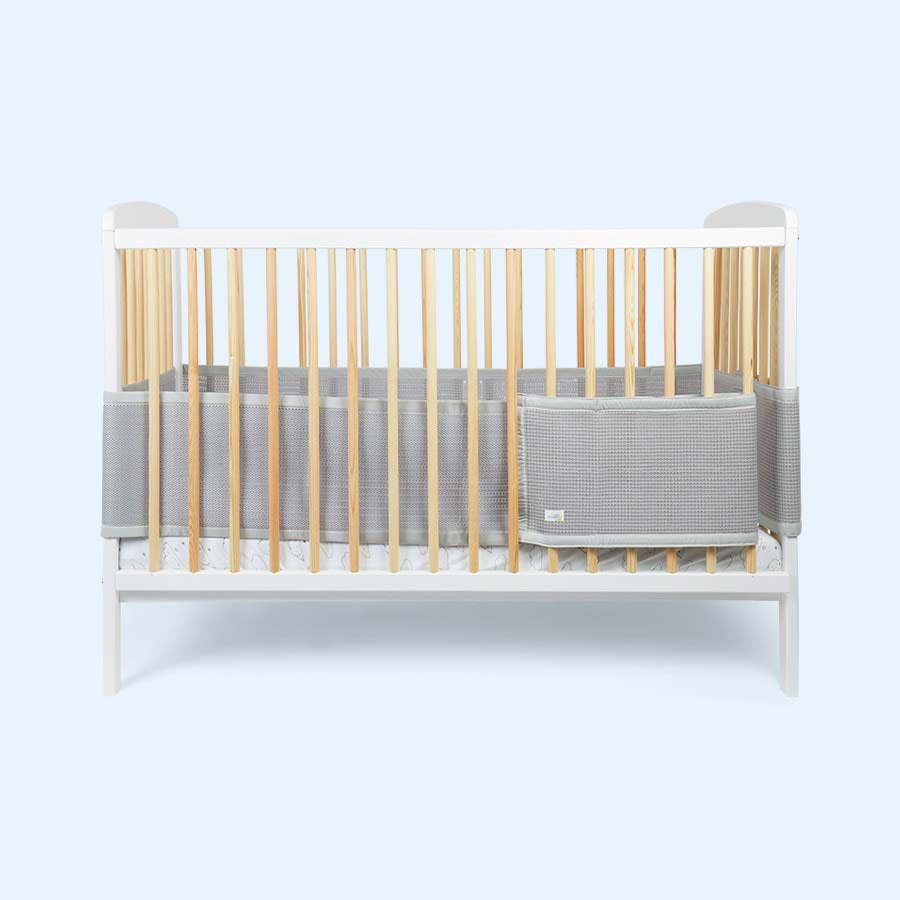 Silver babybundle Safe Dreams 4 sided Cotwrap Bumper
