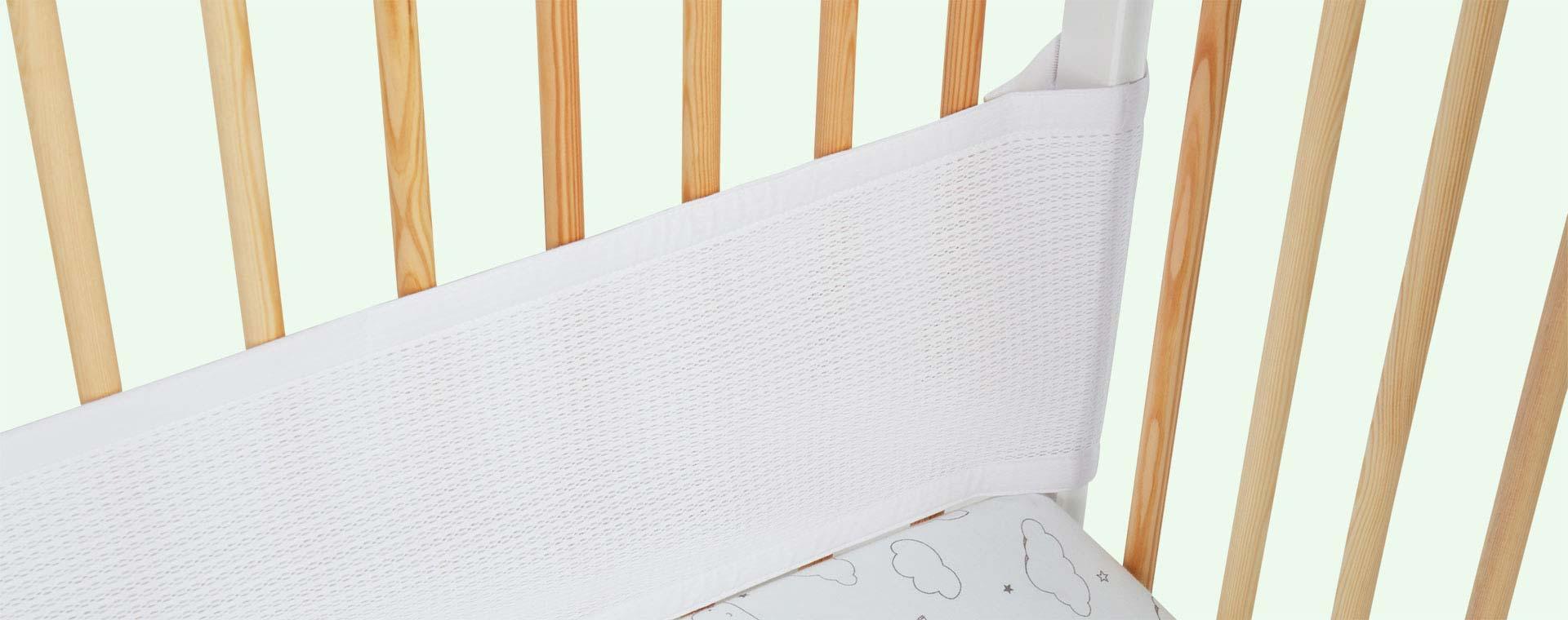 White babybundle Safe Dreams 2 sided Cotwrap Bumper