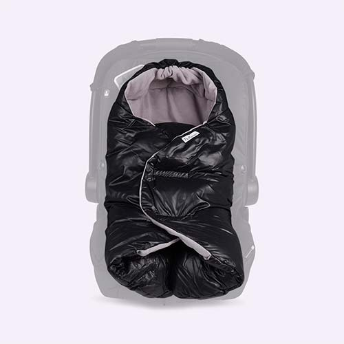 Black 7 A.M. Enfant Nido Car Seat Baby Wrap