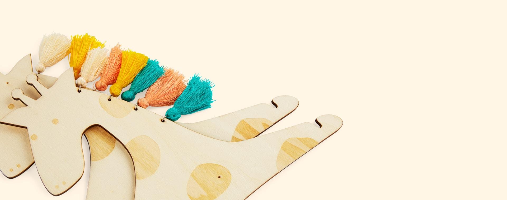 Giraffe Meri Meri Wooden Hangers - 2 Pack