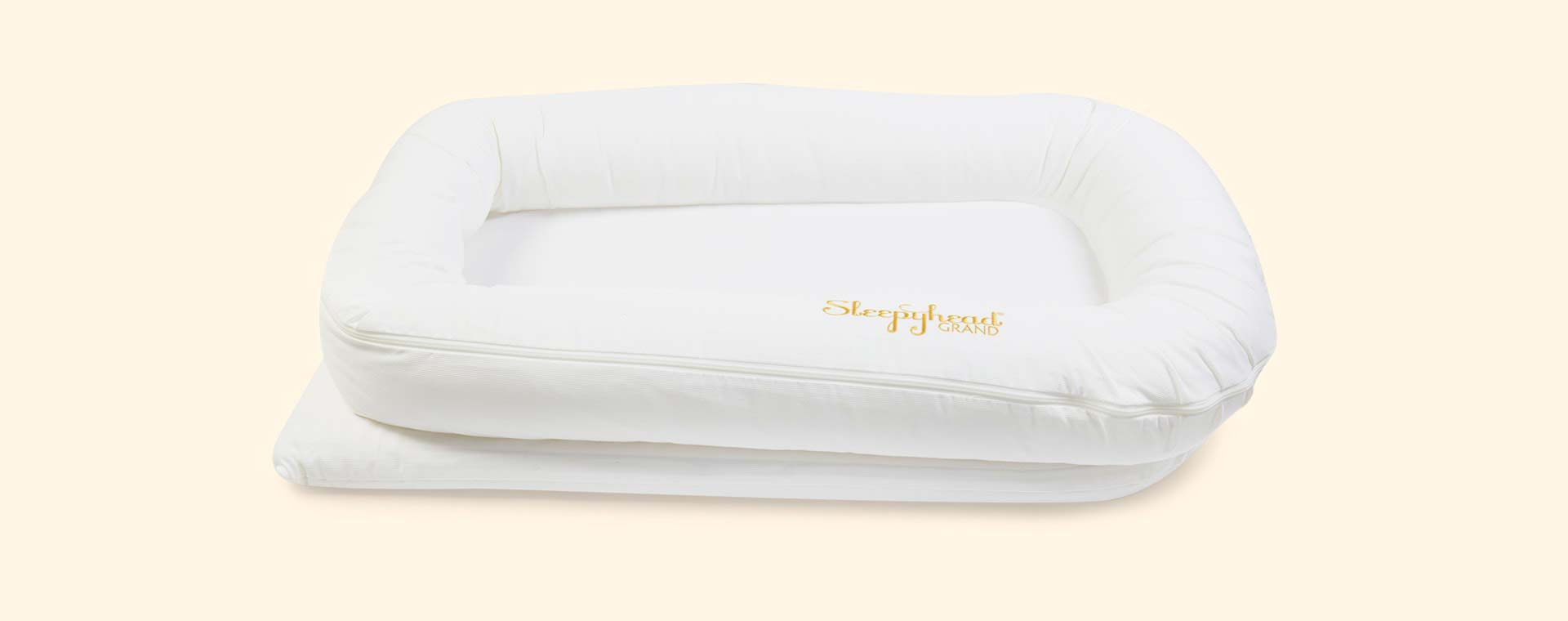 Pristine White Sleepyhead Grand Baby Pod