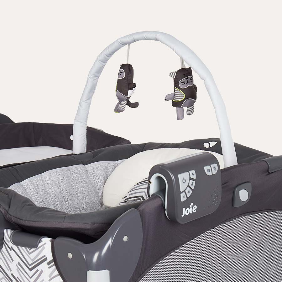 Abstract Arrows Joie Excursion Travel Cot