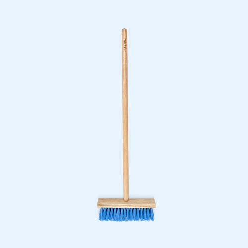 Natural Briers Wooden Sweeping Brush