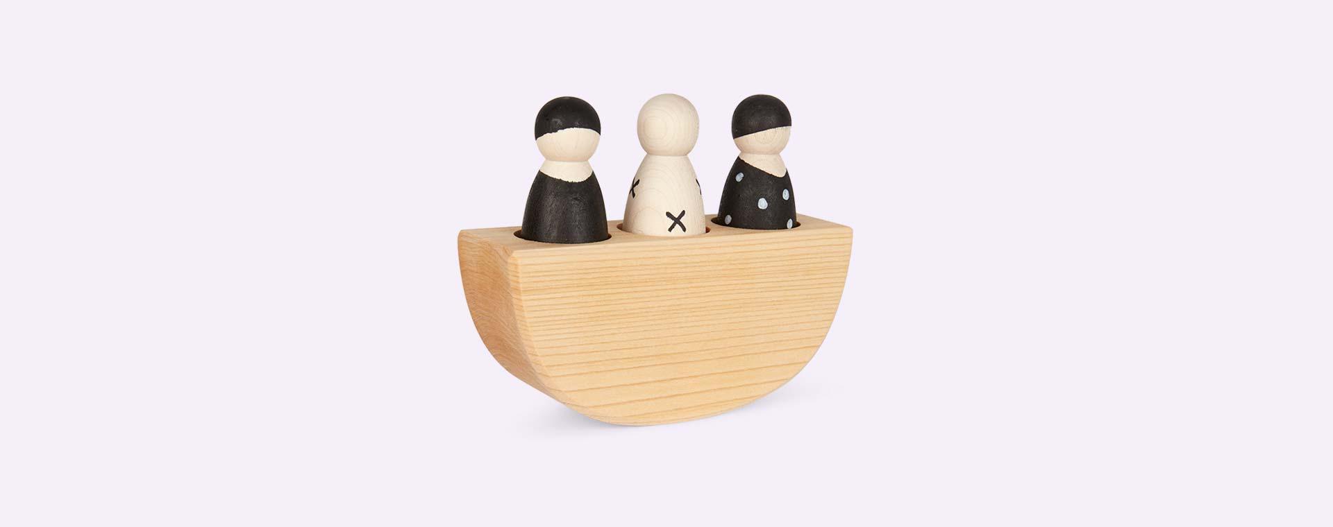 Monochrome Grimm's 3 In A Boat