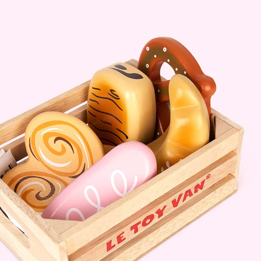 Multi Le Toy Van Bakers Basket Crate Set