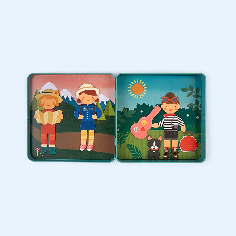 Travel Petit Collage On The Go Magnetic Tin