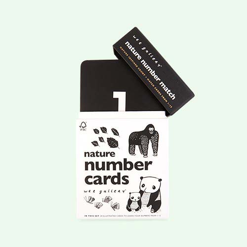 White Wee Gallery Nature Number Cards