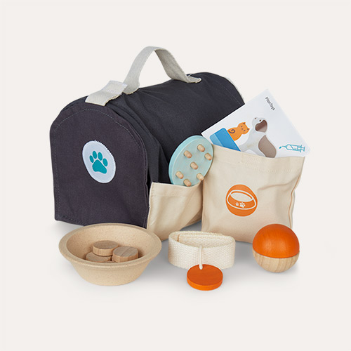 Grey Plan Toys Pet Care Set