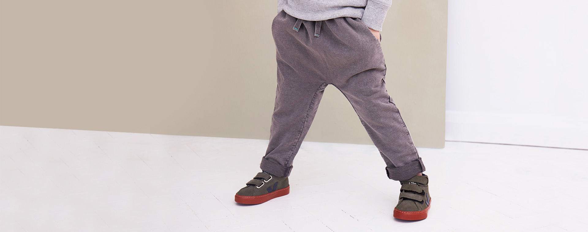 Slate KIDLY Label Washed Jogger