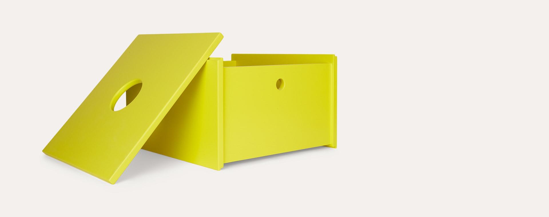 Yellow Arthur and Friends Bobie Box