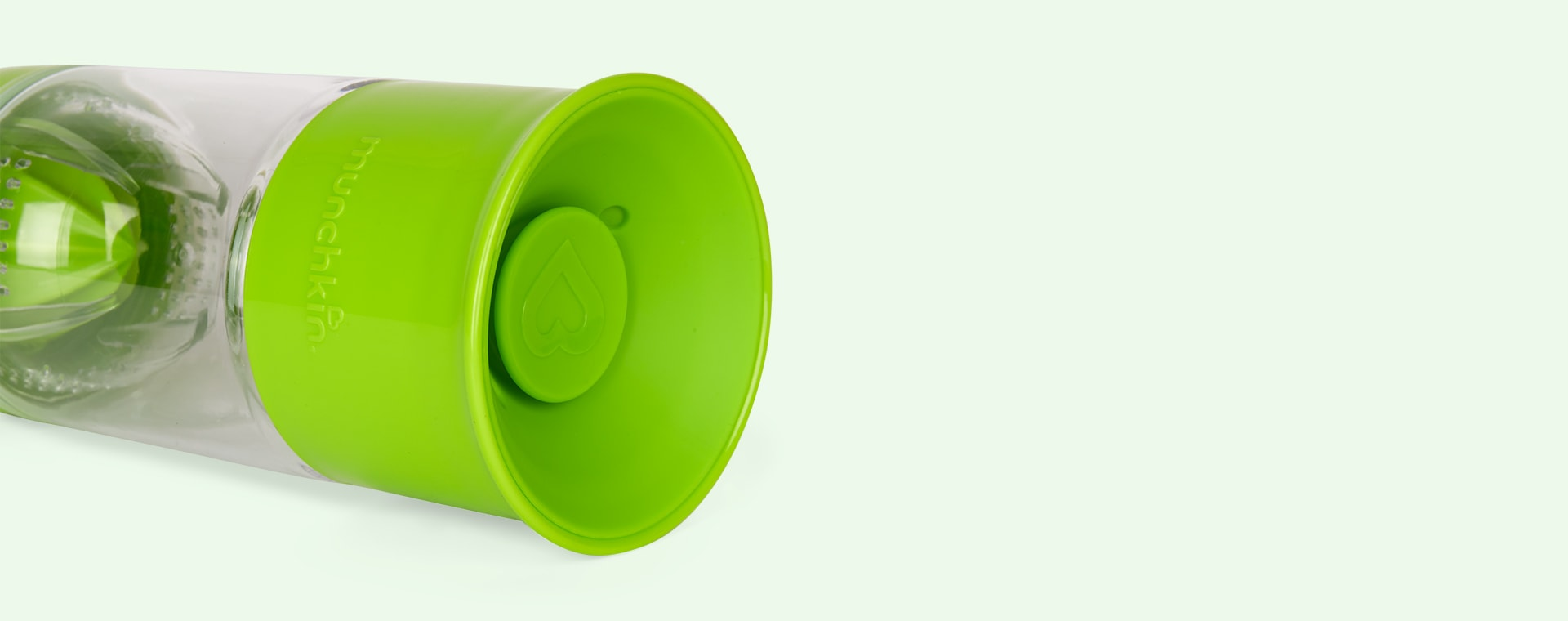 Green Munchkin Miracle 360 Fruit Infuser Cup