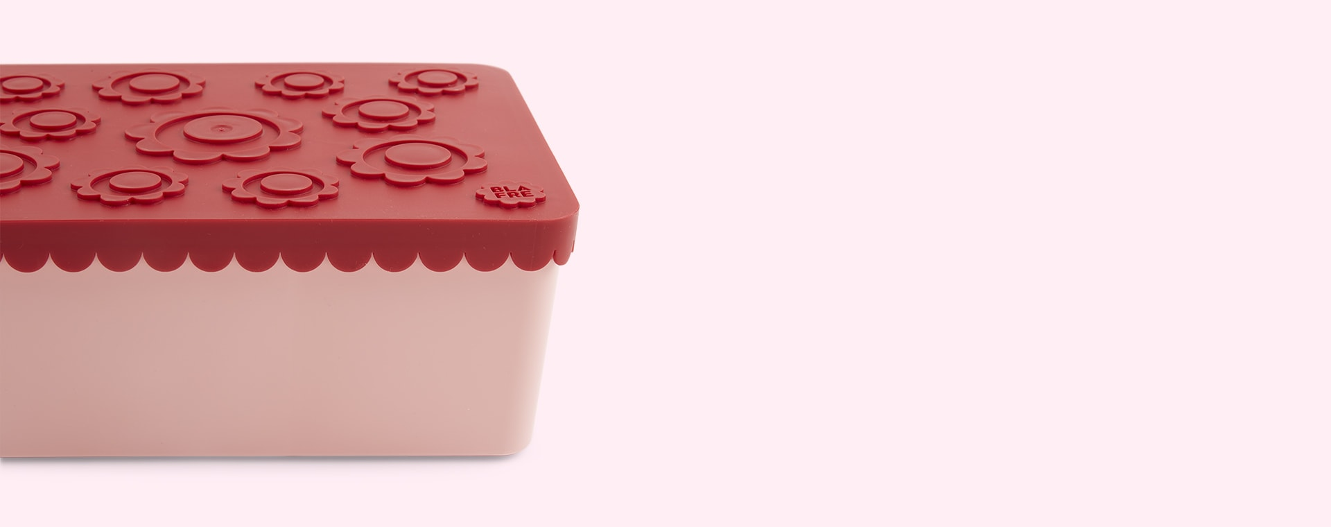 Red & Pink Blafre Lunchbox