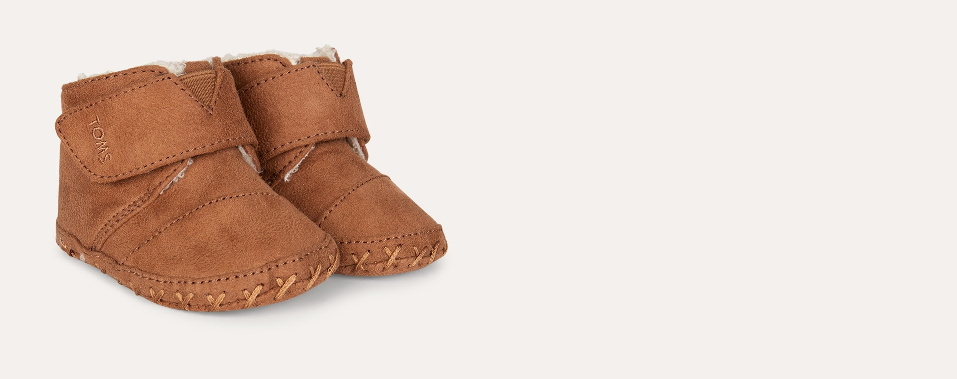 Toffee TOMS Cuna Crib Boot