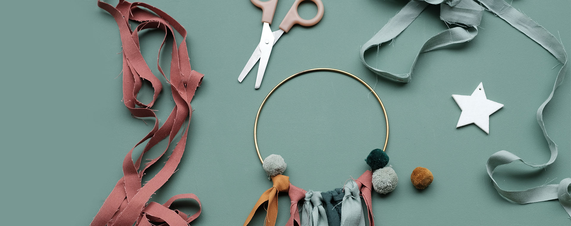 Multi Fabelab DIY Christmas Wreath