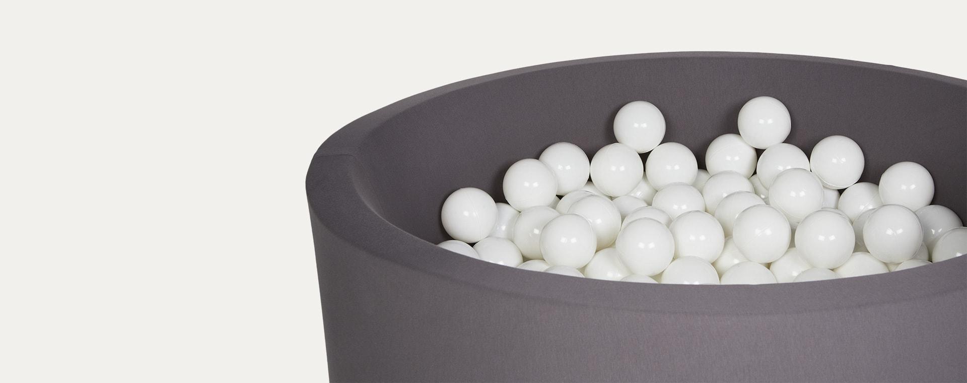 White Larisa and Pumpkin Ball Pit Balls